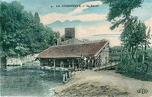 Les Lavandières d'antan dans LAVOIRS DE FRANCE 300px-eld_9_-_la_courneuve_-_le_lavoir