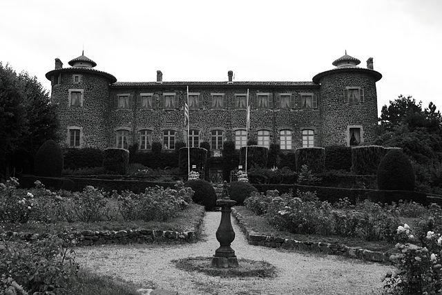 Château-Musée Lafayette dans CHATEAUX DE FRANCE 640px-chateau_de_chavaniac_chavaniac-lafayette