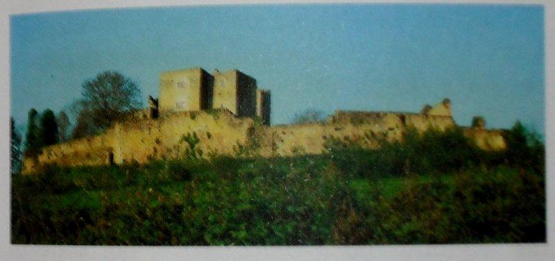 Le Château de THIL en Côte d'Or dans CHATEAUX DE FRANCE dscf0012-800x376-2