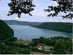 L'histoire du Lac de Châlain dans Jura chalain_-_fontenu_jura