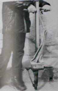 Le Ferronnier - Serrurier - Tôlier du 20è siècle dans ARTISANAT FRANCAIS ferronier-1-192x300