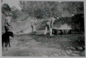 Le Maréchal-Ferrant de 1900 dans ARTISANAT FRANCAIS marechal-ferrant-1-300x205