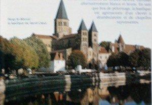 chapelle-des-moines-300x208 dans Bourgogne