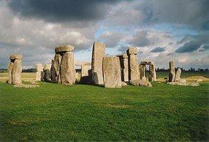 Les Mégalithes bretonnes dans Bretagne megalithes-300x204