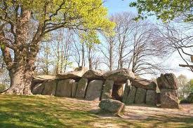 La Roche-aux-Fées dans Bretagne roche-aux-fees