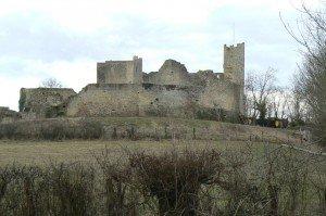 Morvan, un pays de châteaux dans CHATEAUX DE FRANCE chateau-de-thil-300x199