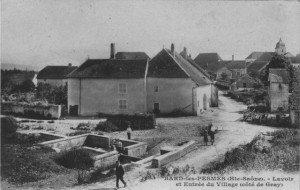 Bard-lès-Pesmes dans VILLAGES de FRANCE la_fontaine_du_mont_av_1917-300x190