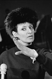 Notre chère Barbara dans CHANSON FRANCAISE 220px-barbara_1_repetities_1968-03-07_grand_gala_du_disque_populaire