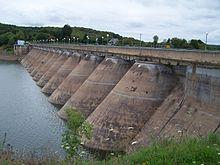 LAC DE PANNESIERE – CHAUMARD dans LACS DE FRANCE 220px-barrage_de_panneciere