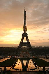 170px-Tour_eiffel_at_sunrise_from_the_trocadero