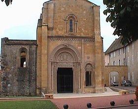 l'Abbaye bénédictine de CHARLIEU (42) dans EGLISES DE FRANCE 280px-charlieu_0k