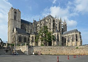 280px-Le_Mans_-_Cathedrale_St_Julien_ext_02