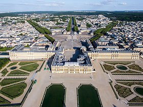 280px-Vue_aérienne_du_domaine_de_Versailles_par_ToucanWings_-_Creative_Commons_By_Sa_3.0_-_073