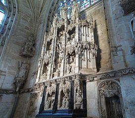 273px-Eglise_de_Brou8_chapelle_de_marguerite