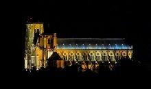 vue, cathédrale de Bourges de nuit
