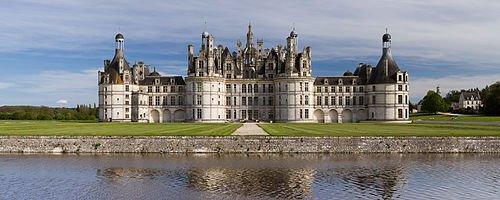 500px-Chambord_Castle_Northwest_facade