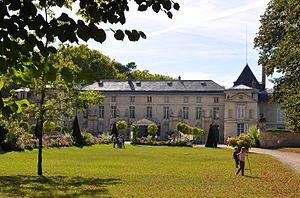 300px-Château_de_Malmaison_à_Rueil-Malmaison_003
