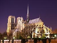 200px-Notre_Dame_de_Paris_by_night_time