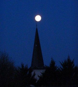 La Lune perchée